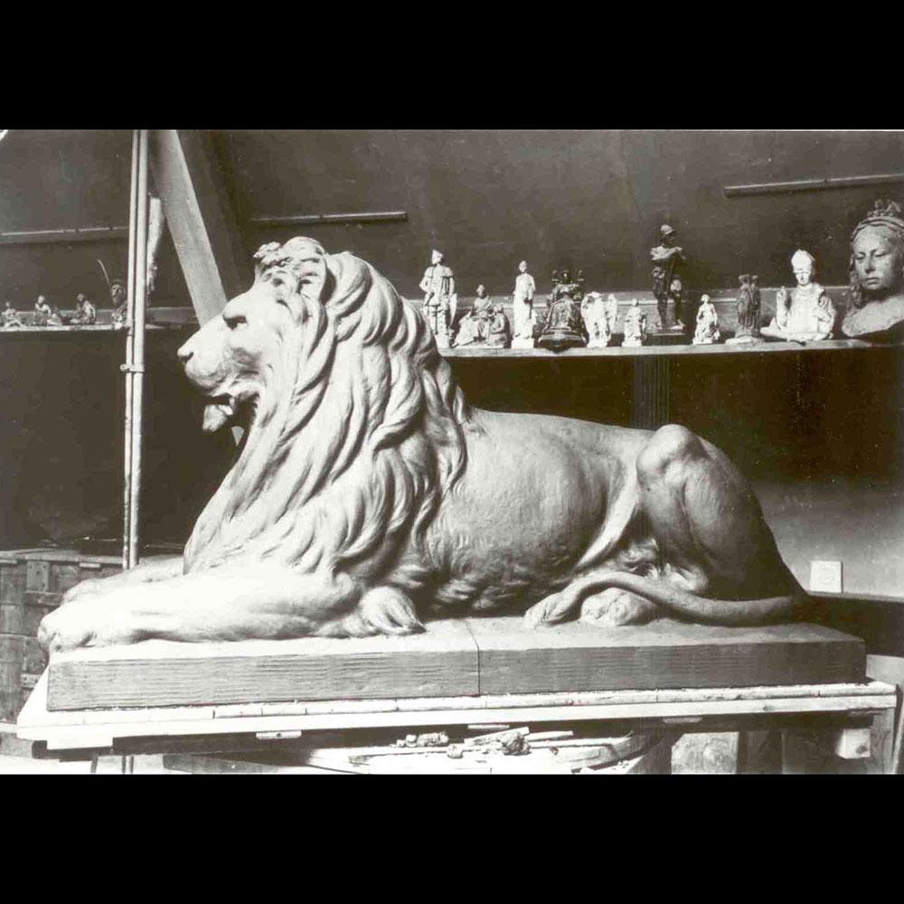 Wiener Museum Doulton Lion